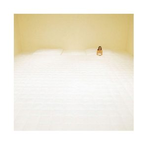 Dream bigger #inspiration #installation #nellyagassi #art #bedroom #laservietteparis #homedecor #homelinen #decointerieure #decorationinterieure #lingedemaison  #lingedelit #chambre #houssedecouette #draphousse #taiesdoreiller #lisere #boutique #boutiquedelingedemaison #46nazareth #ruenotredamedenazareth #75003