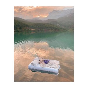 Programe du we : dormir & prendre un bain. En même temps.  #laservietteparis #lingedemaison #lingedelit #lingedebain #chambre #salledebain #houssedecouette #draps #chic&cool #decorationinterieur #decointerieur #eshop #boutique #30rueduvertbois #75003 📸@alice_grigoriadi